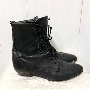 Santana Canada Black Lace Up Boots